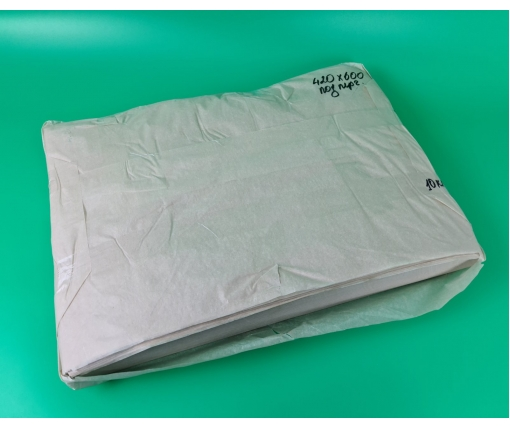 Бумага жиронепроницаемая бежевая420х600мм  52 г\м2  Сокольское ЦБК 10кг (1 пачка)